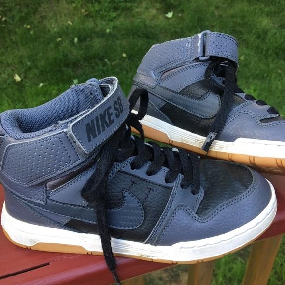 Nike Shoes | Youth Boys Size 2 Nike Sb